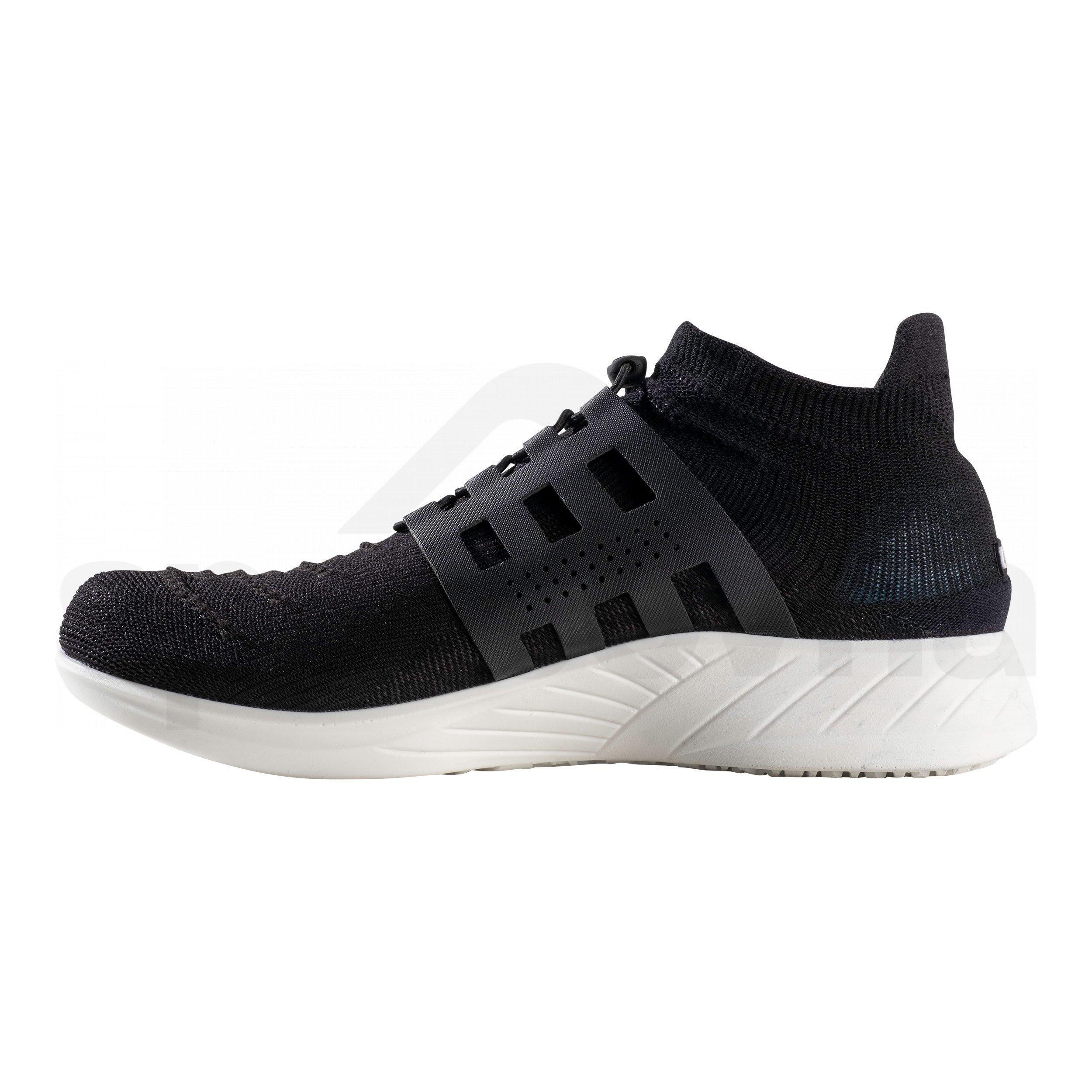 Obuv UYN x-cross tune shoes - černá/bílá