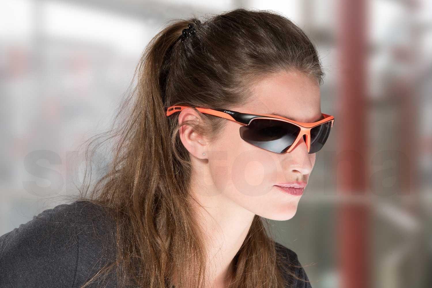 Sluneční brýle Relax Lavezzi - červená